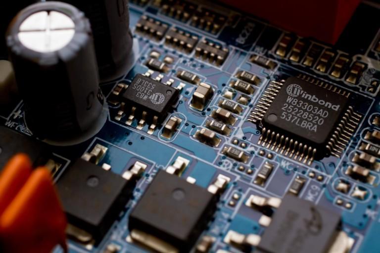 パソコンの電源を入れてビープ音が鳴り立ち上がらない場合の診断方法!