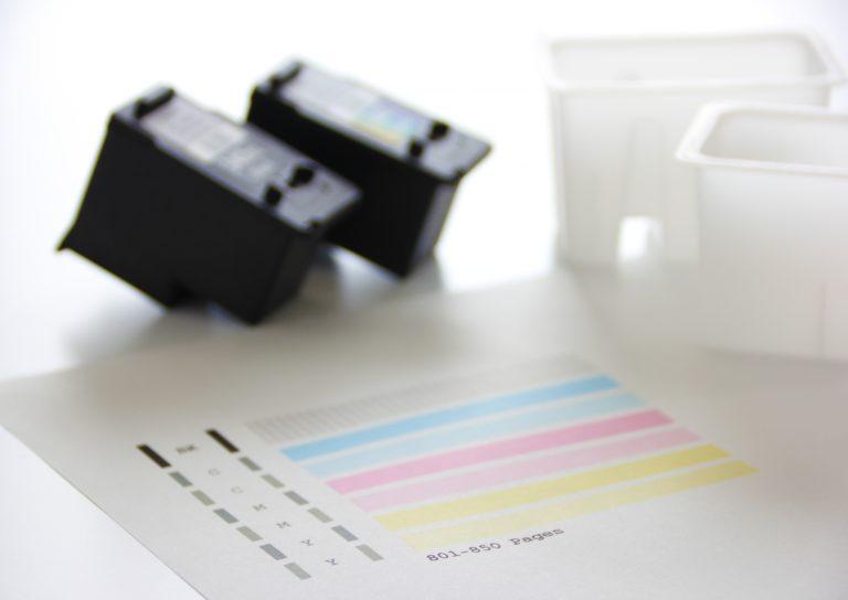 インクジェットプリンターの染料インクと顔料インクの違い