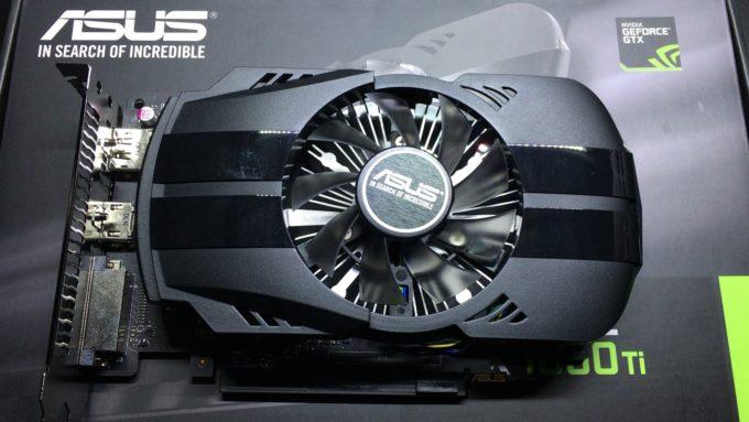 ASUS NVIDIA GeForce GTX1050TIの外観
