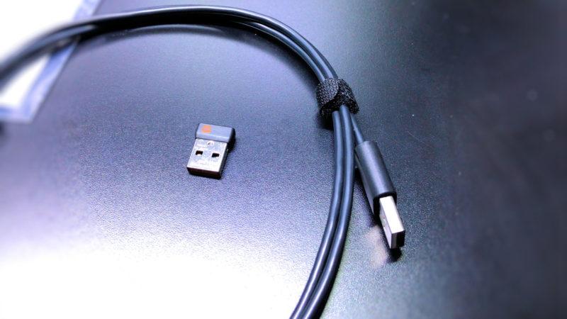 充電用Micro-USBケーブル