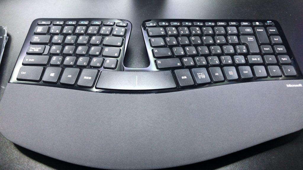 マイクロソフト 人間工学 ワイヤレスキーボード「Sculpt Ergonomic Keyboard for Business」のレビュー!