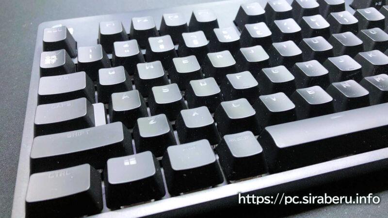 「G PRO X」 ゲーミングキーボード(G-PKB-002)有線接続ケーブルのアップ