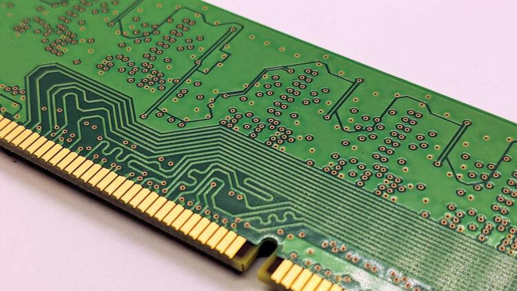 ノートパソコンのメモリは増設・交換できる